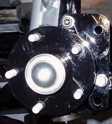82-92 Thirdgen Camaro, Firebird (F-Body): Modified spindle and hub installed